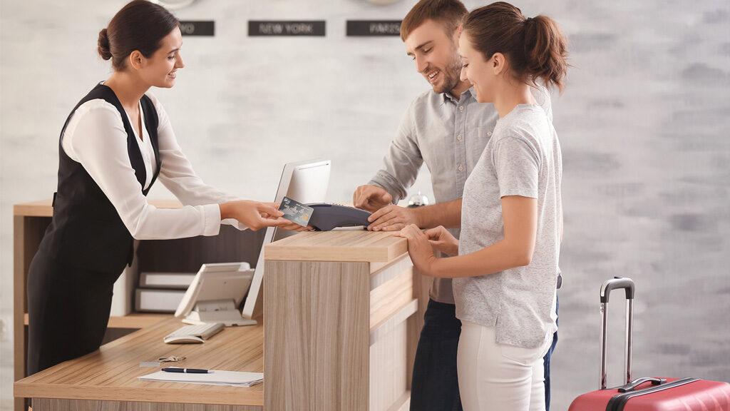 ¿Por qué contar con un programa de gestión hotelera?