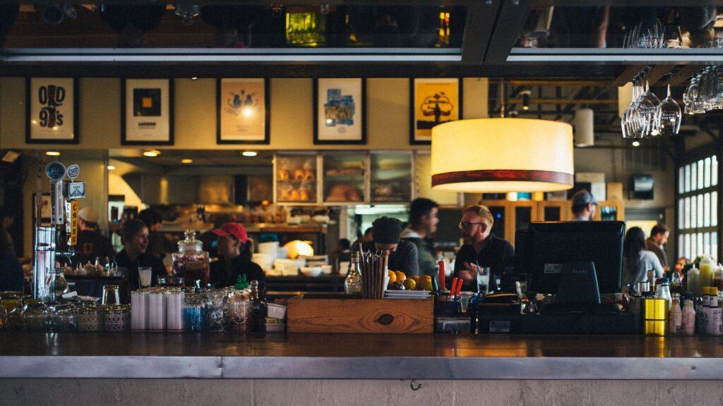 4 aspectos indispensables en un programa para restaurantes
